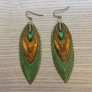 Jewelry - Boho Chic 🦚✨ Peacock Feather Drop Earrings